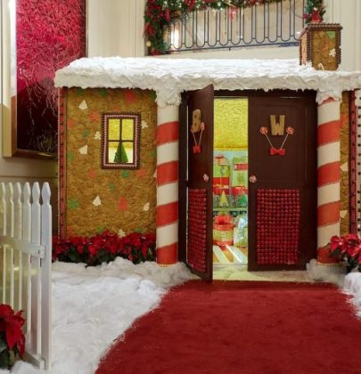 Life-Size Gingerbread House at the Beverly Wilshire Hotel